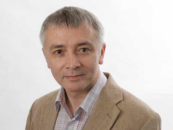 Prof. Adrian Sergeant unterrichte Spenderpsychologie